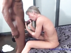Slim mature beauty gets fucked by a BBC in a Vegas hotel