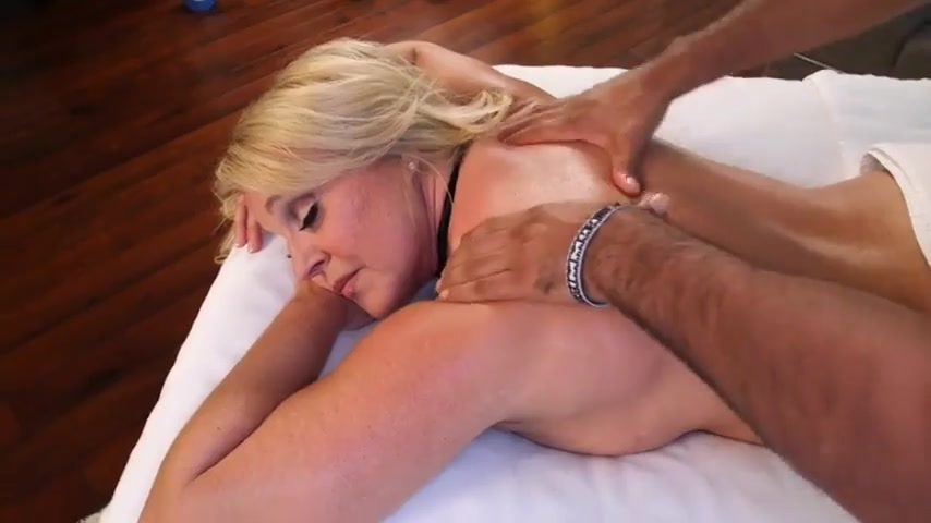 Busty milf Alexis Golden gets refugee's cock