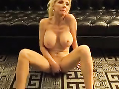 Warm gangbang for a blonde cougar